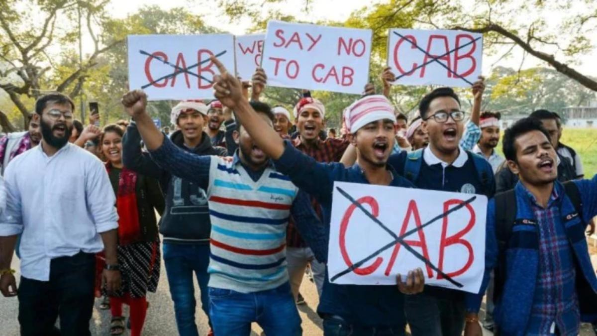 7 million join Kerala human chain to protest against CAA