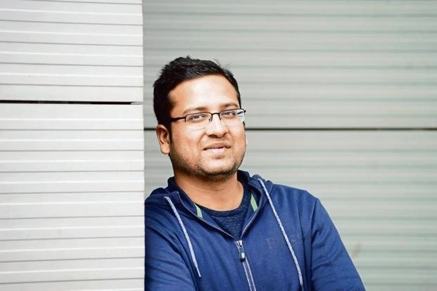 Flipkart co-founder sells part stake to Walmart for 531 cr