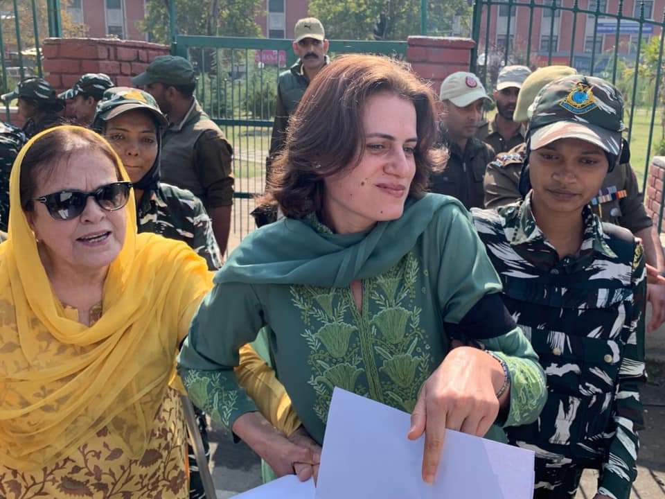 Farooq Abdullah's daughter and sister detained