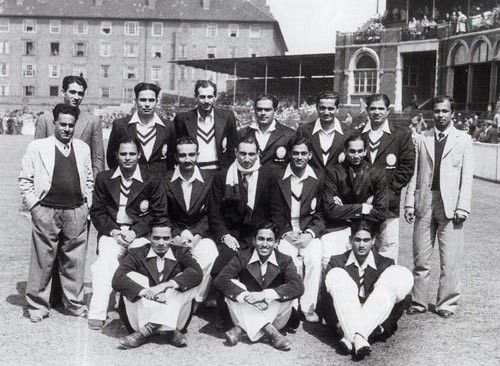 Gul Mohammad (seated on the ground to the right) as part of the 1946 India squad