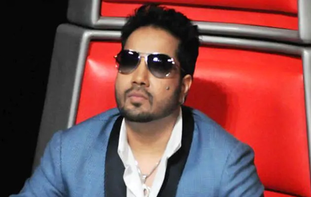 Mika Singh in ban-soup for 'anti-national' act