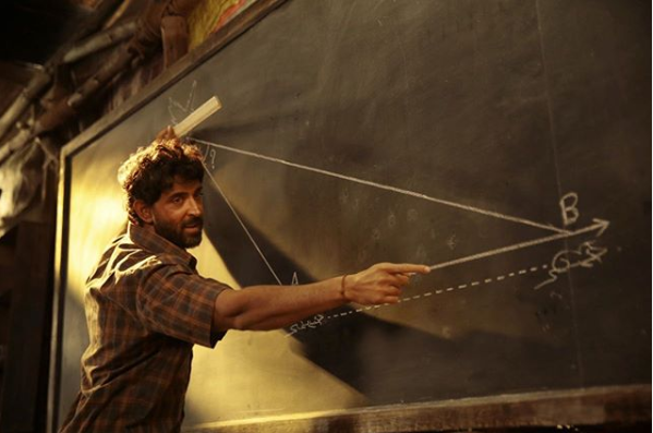 Hrithik's 'Super30' tax free in Delhi, Anand to hold classes