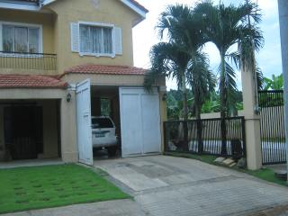 FOR SALE: House Rizal > Antipolo 2