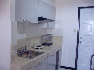 FOR RENT / LEASE: Apartment / Condo / Townhouse Manila Metropolitan Area
