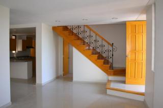 FOR SALE: House Manila Metropolitan Area > Las Pinas 4