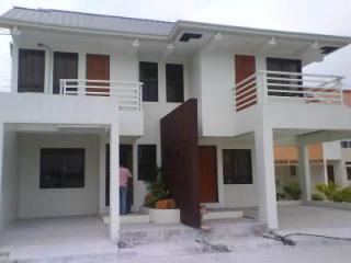 Eastforbes-Bernice Model house