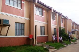 FOR SALE: Apartment / Condo / Townhouse Rizal > Other areas 6