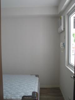 bedroom with 1HP aircon