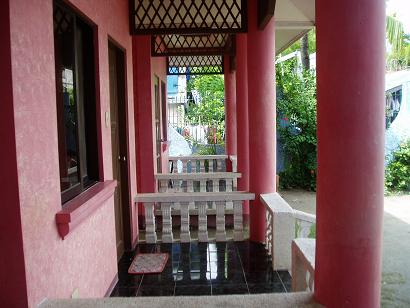 BEACH FRONT HOUSE - LIAN BATANGAS FOR SALE: House