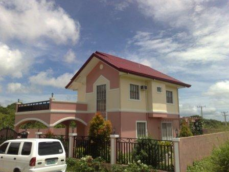 FOR SALE: House Tagaytay 1