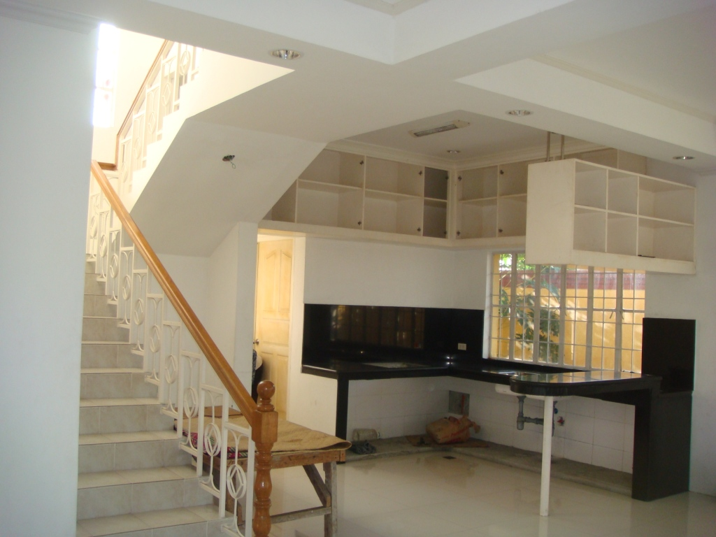 FOR SALE: House Laguna 6