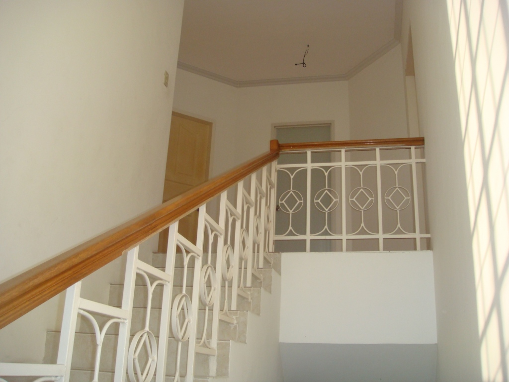FOR SALE: House Laguna 13