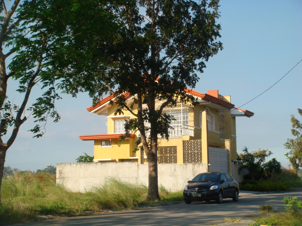 FOR SALE: House Laguna 21
