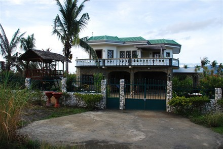 FOR SALE: House Mindoro Oriental > Puerto Galera 4