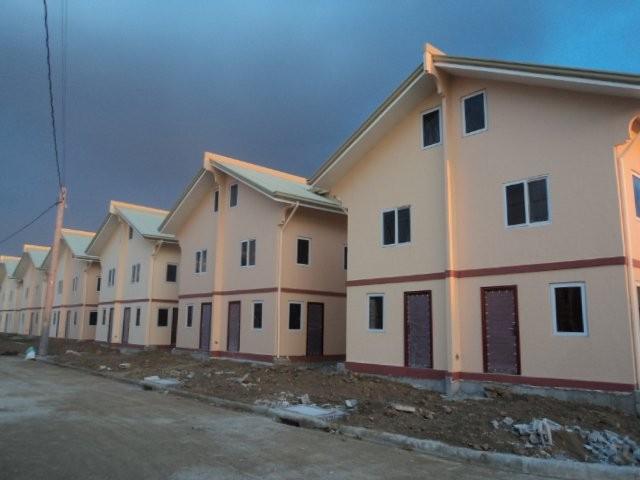FOR SALE: House Laguna 11