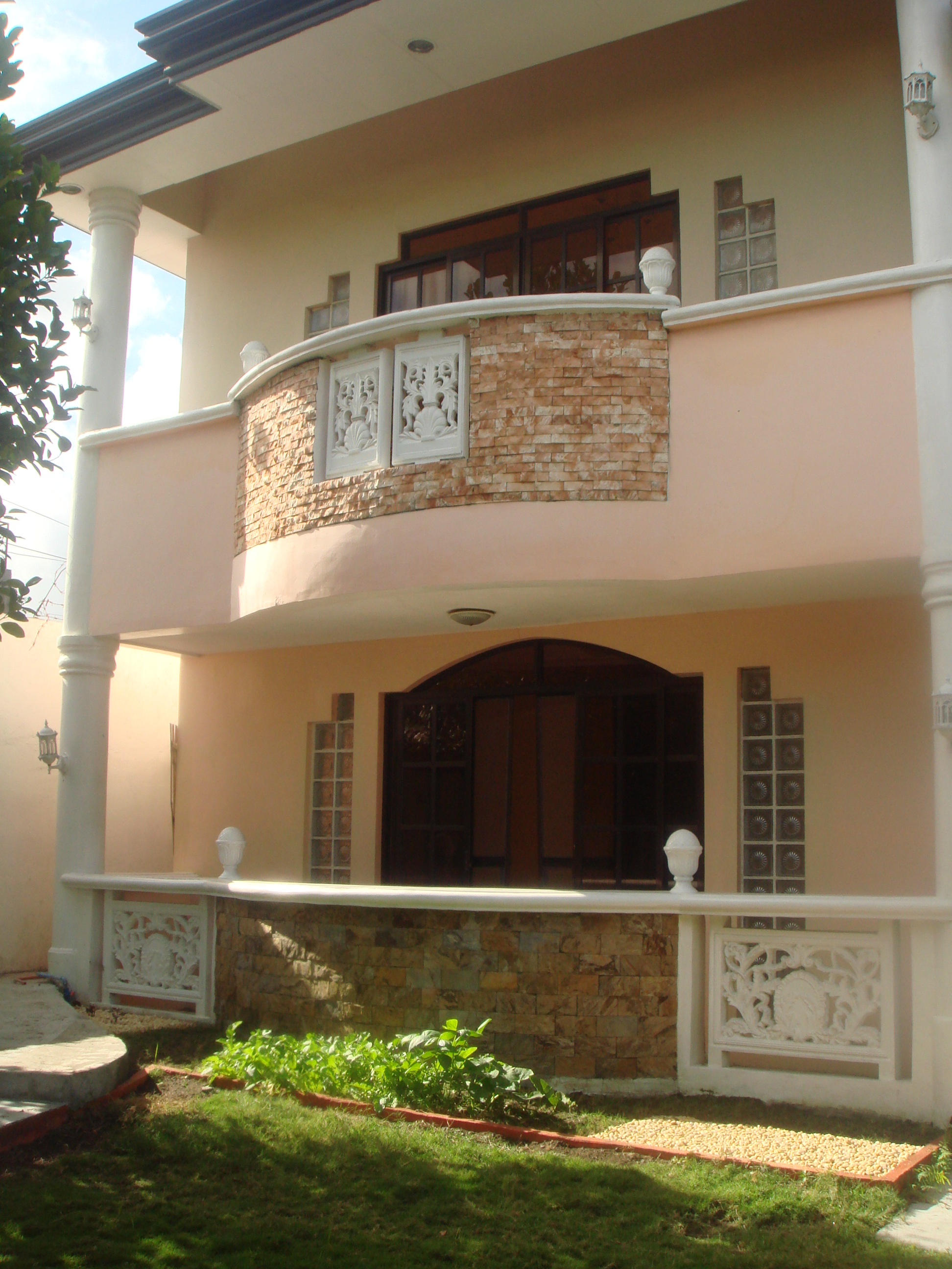FOR RENT / LEASE: House Iloilo
