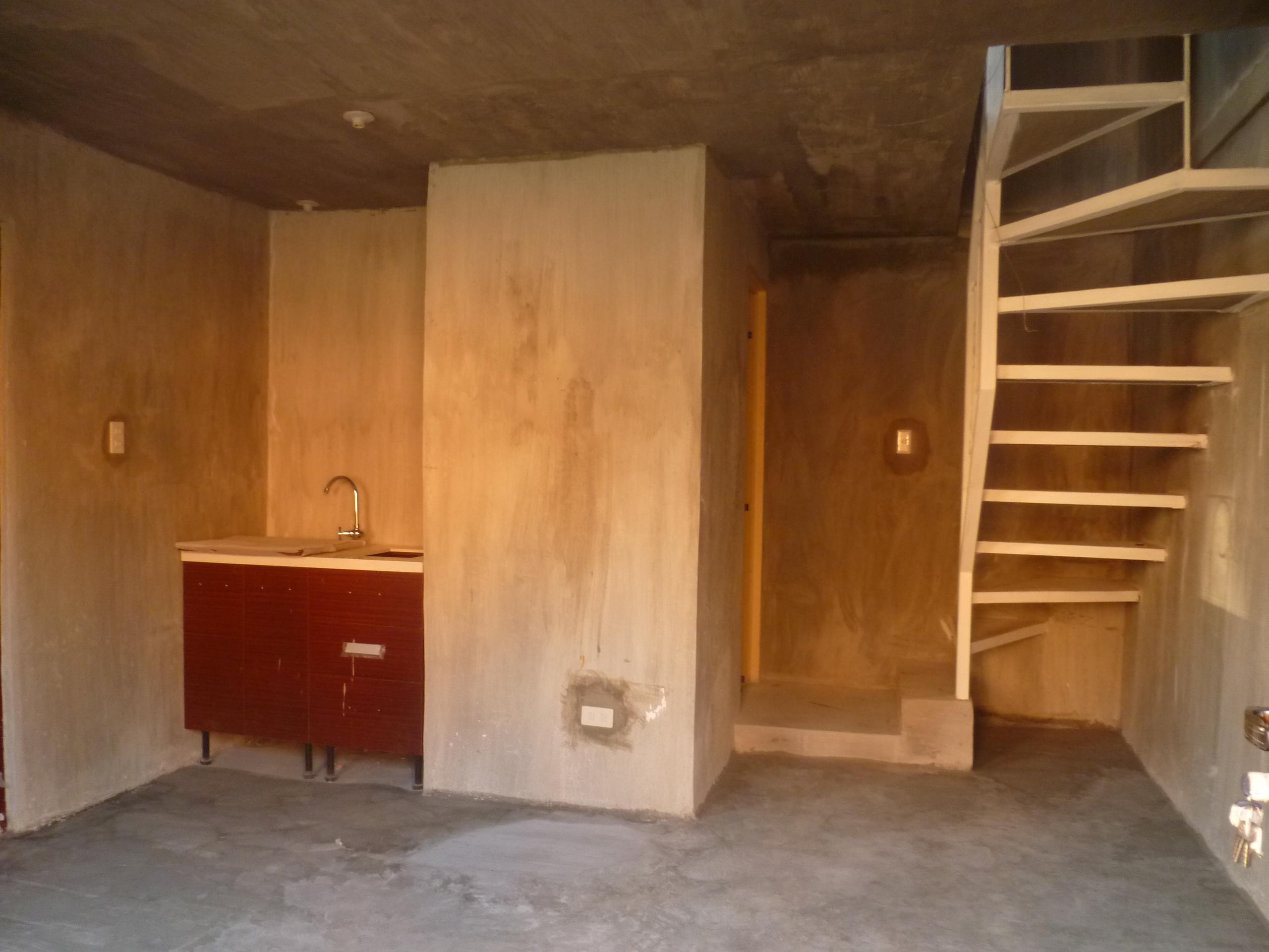 FOR SALE: House Laguna 13