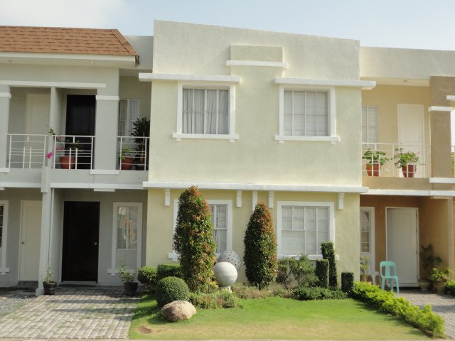 FOR SALE: House Manila Metropolitan Area 0