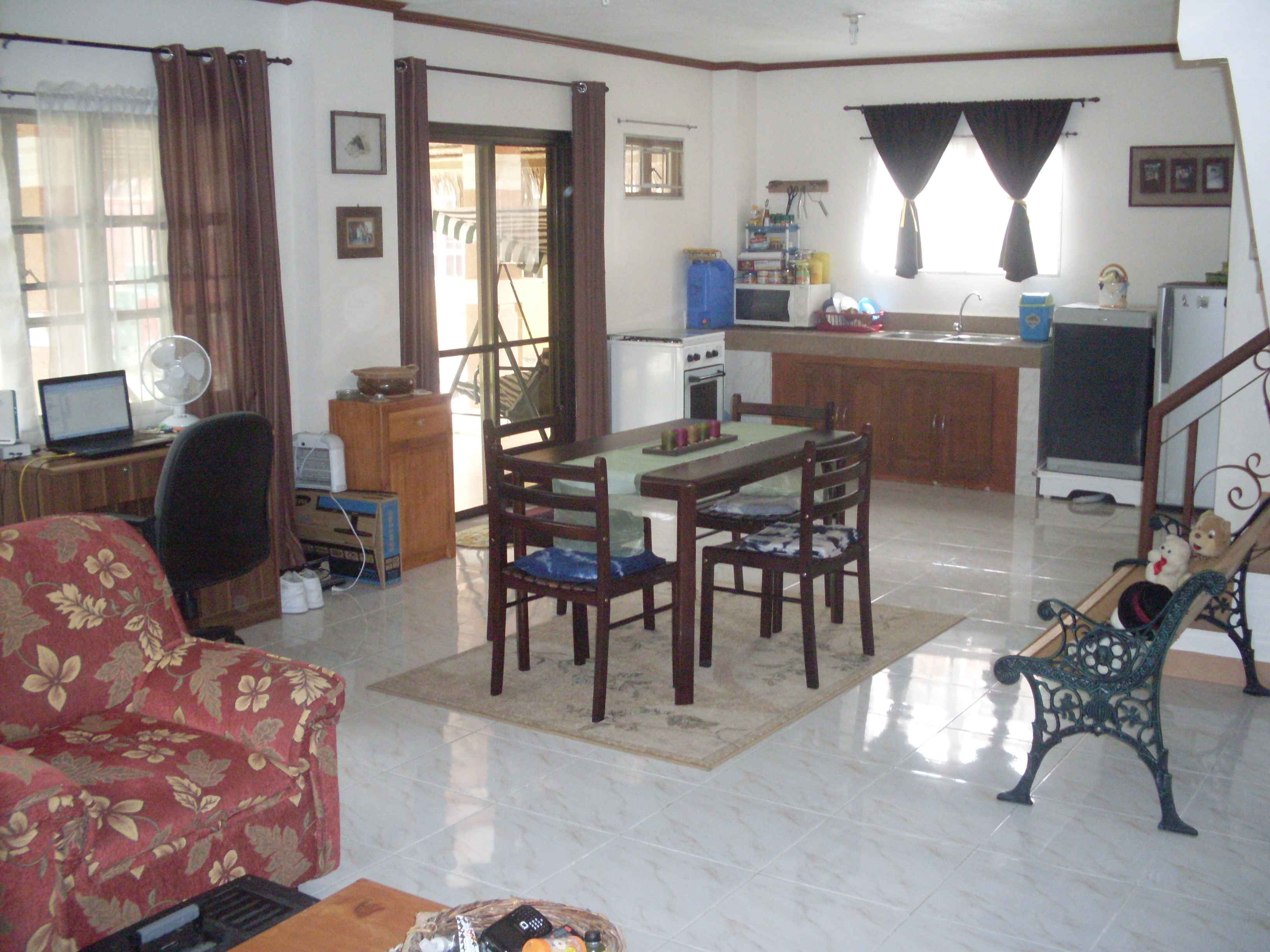 FOR SALE: House Pangasinan > Other areas 2