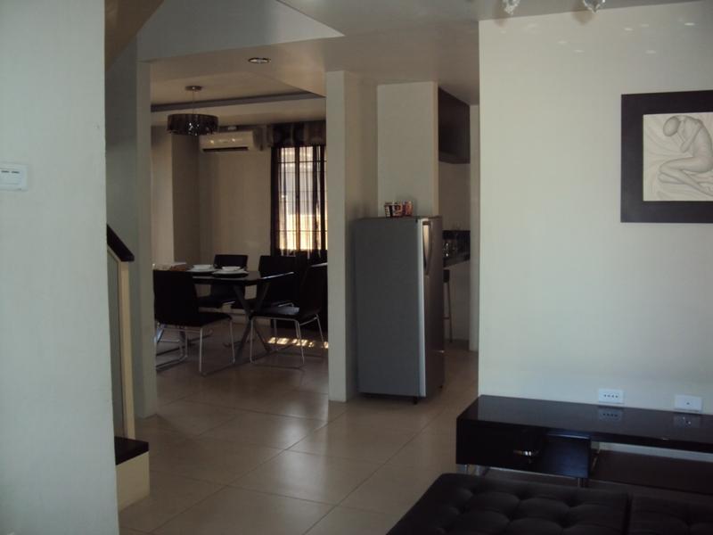 FOR SALE: House Pampanga > Angeles City 9