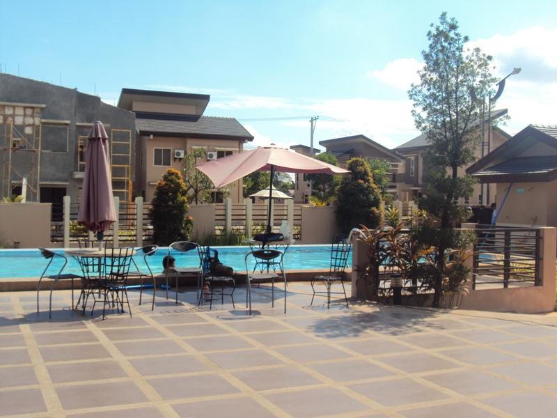 FOR SALE: House Pampanga > Angeles City 21