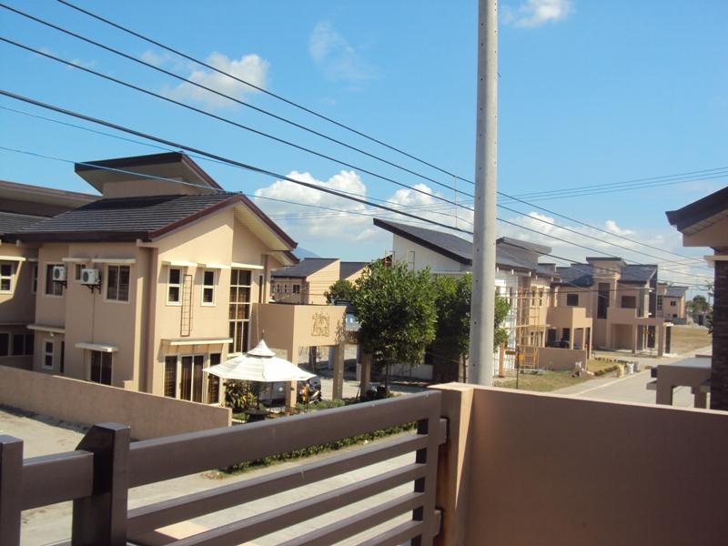 FOR SALE: House Pampanga > Angeles City 24