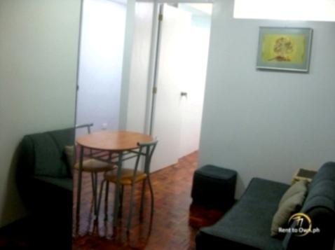 Living & Dining Area - http://www.renttoown.ph