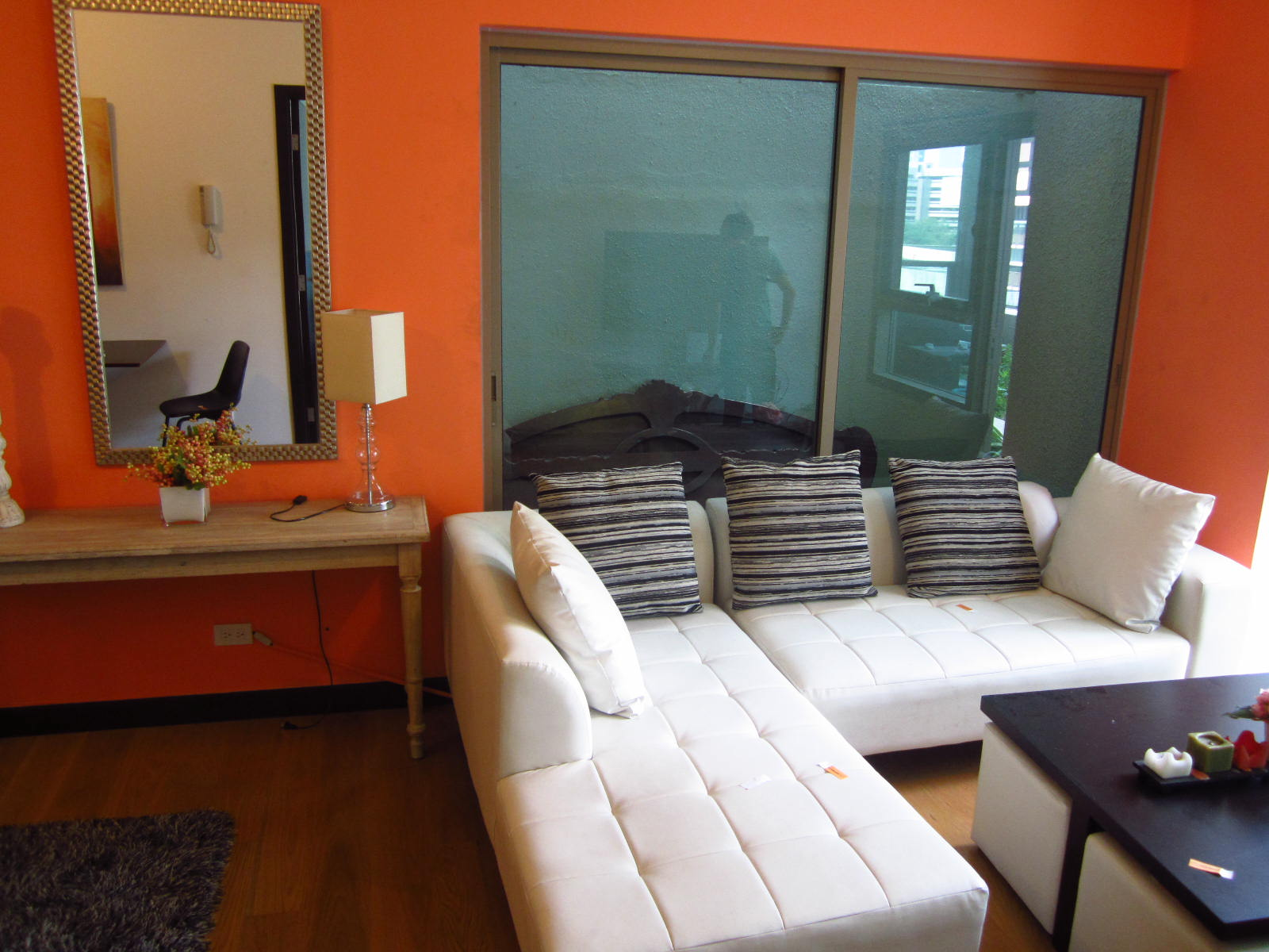 FOR RENT / LEASE: Apartment / Condo / Townhouse Manila Metropolitan Area > Makati 8