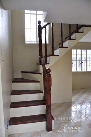 FOR SALE: Apartment / Condo / Townhouse Cavite 8