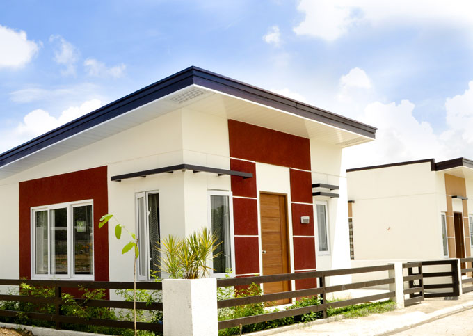 FOR SALE: House Tarlac 7