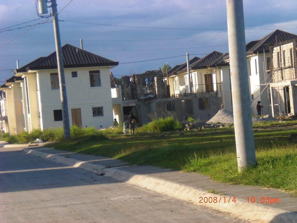 FOR SALE: Apartment / Condo / Townhouse Laguna > Sta Rosa 3