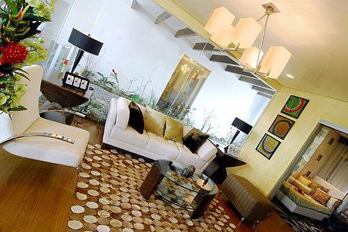 RENT TO OWN: Apartment / Condo / Townhouse Manila Metropolitan Area > Makati 1
