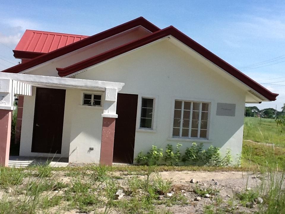 FOR SALE: House Pampanga > San Fernando 24