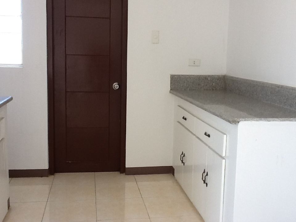 FOR SALE: House Pampanga > San Fernando 10