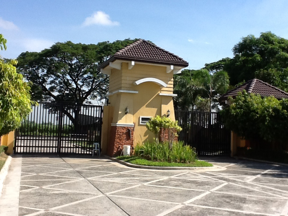 FOR SALE: Lot / Land / Farm Pampanga > Other areas 3