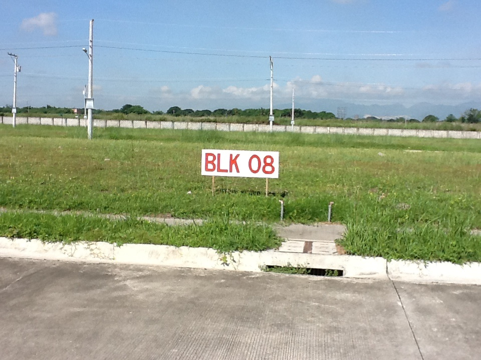 FOR SALE: Lot / Land / Farm Pampanga > Other areas 7