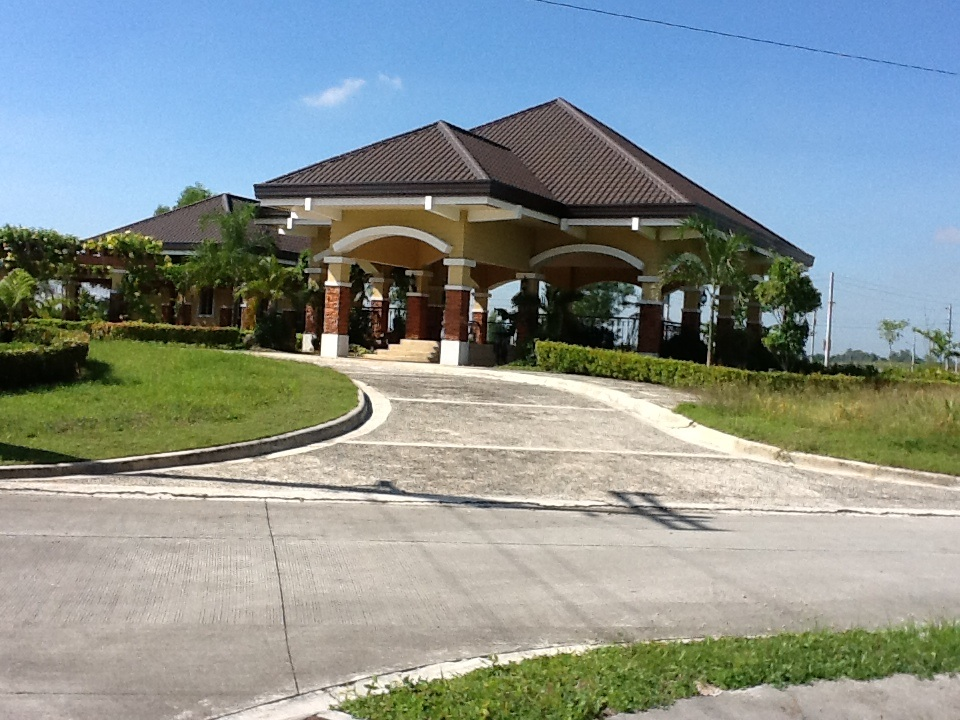 FOR SALE: Lot / Land / Farm Pampanga > Other areas 8