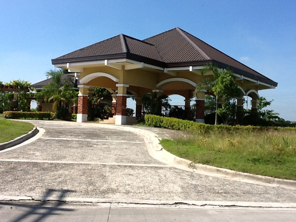 FOR SALE: Lot / Land / Farm Pampanga > Other areas 11