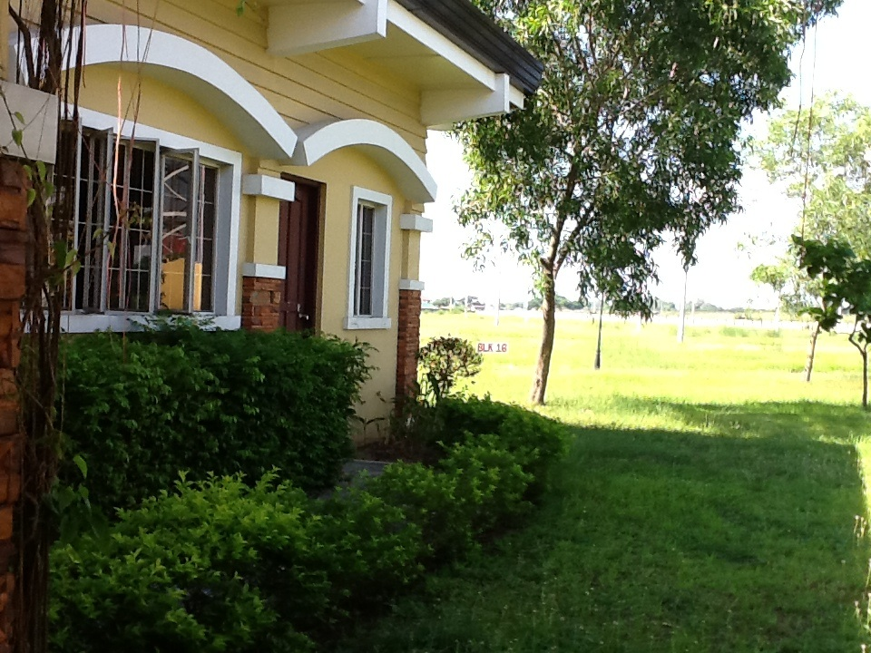 FOR SALE: Lot / Land / Farm Pampanga > Other areas 24
