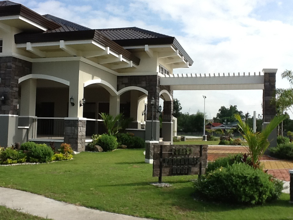 FOR SALE: Lot / Land / Farm Pampanga > Angeles City 1