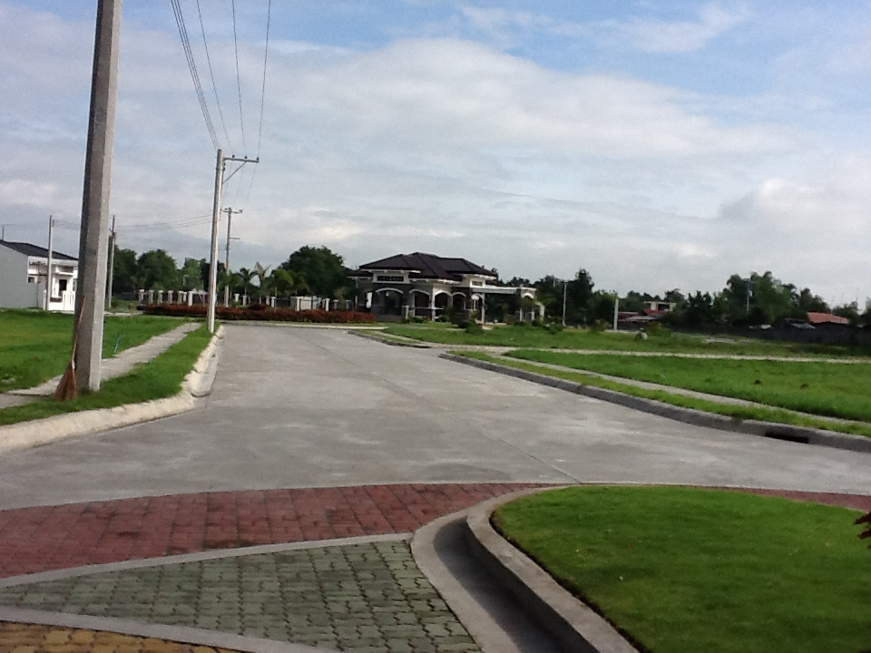 FOR SALE: Lot / Land / Farm Pampanga > Angeles City 6