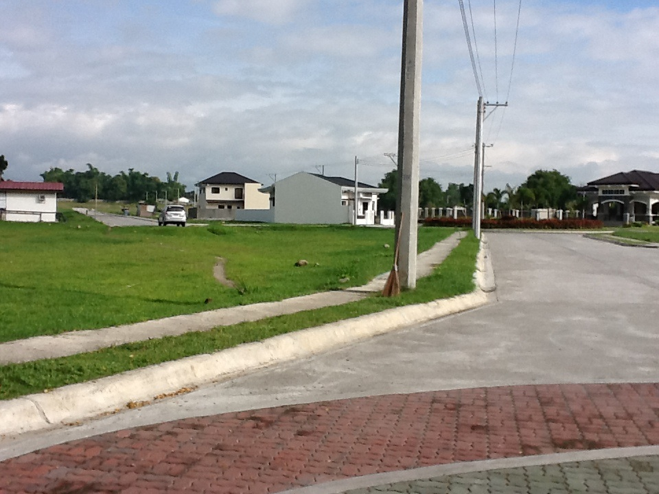 FOR SALE: Lot / Land / Farm Pampanga > Angeles City 8