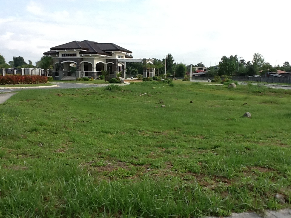 FOR SALE: Lot / Land / Farm Pampanga > Angeles City 12