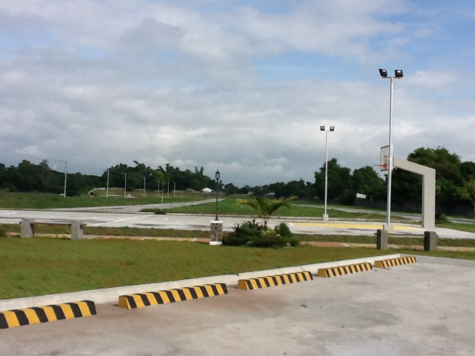 FOR SALE: Lot / Land / Farm Pampanga > Angeles City 32