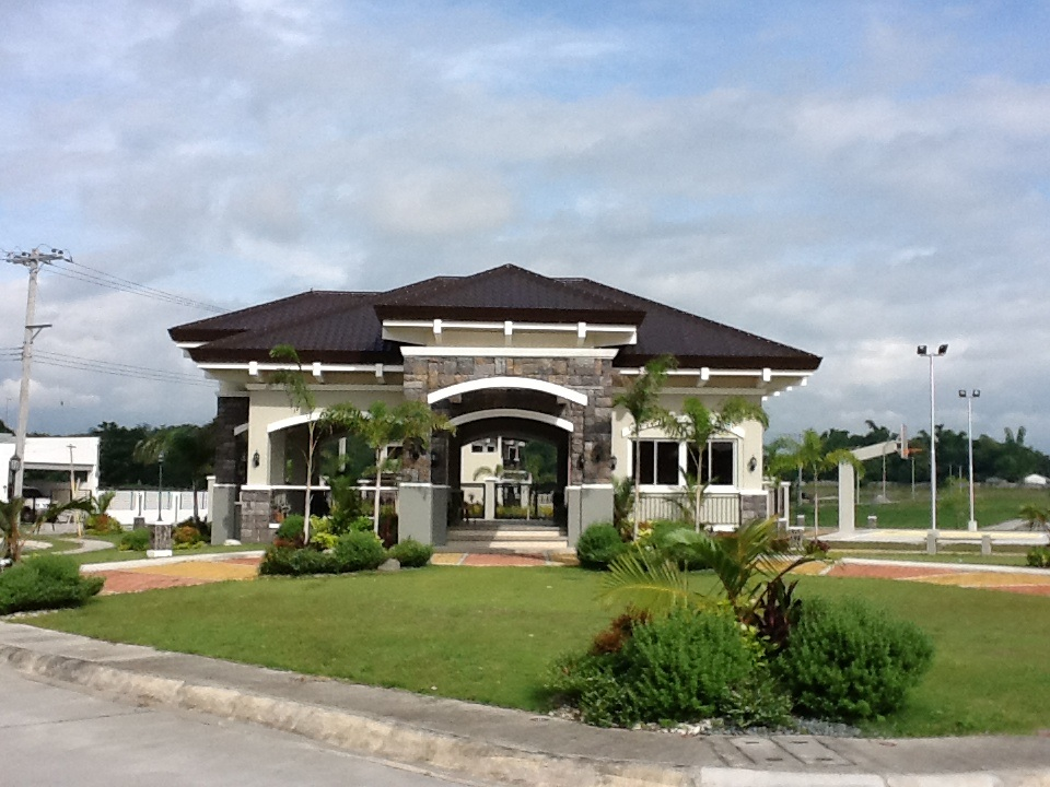 FOR SALE: Lot / Land / Farm Pampanga > Angeles City 41
