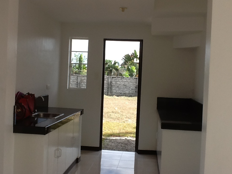 FOR SALE: House Pampanga > San Fernando 37