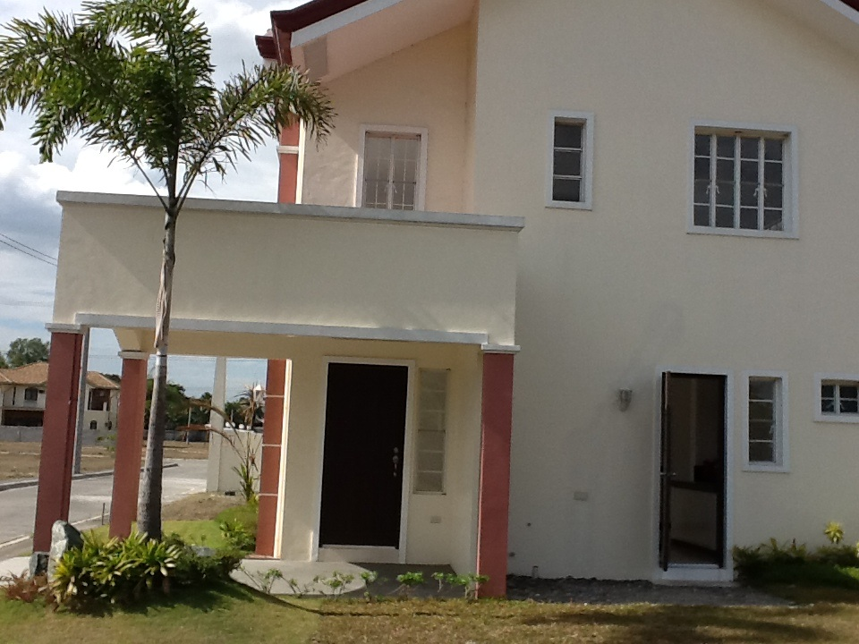 FOR SALE: House Pampanga > San Fernando 40