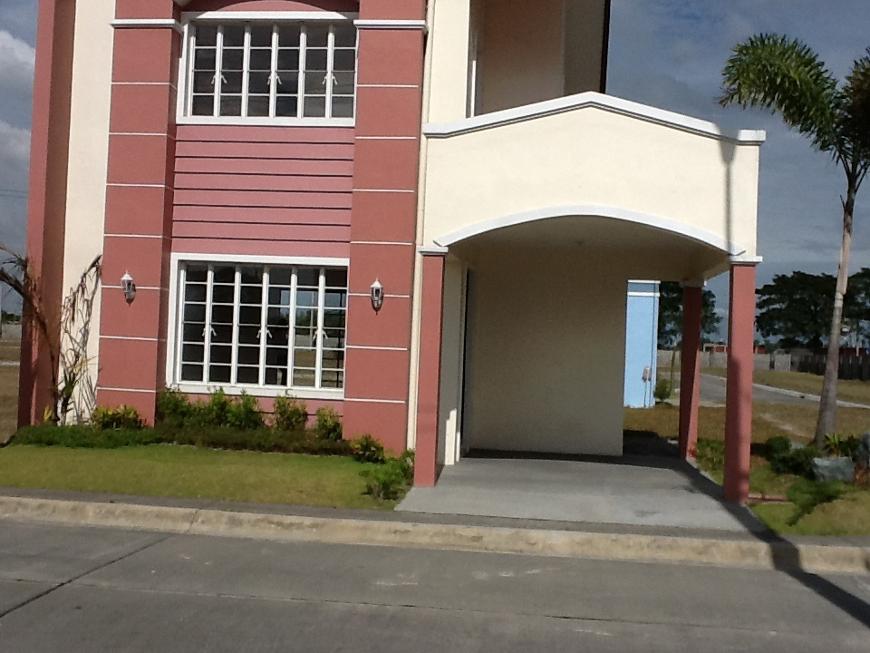 FOR SALE: House Pampanga > San Fernando 42