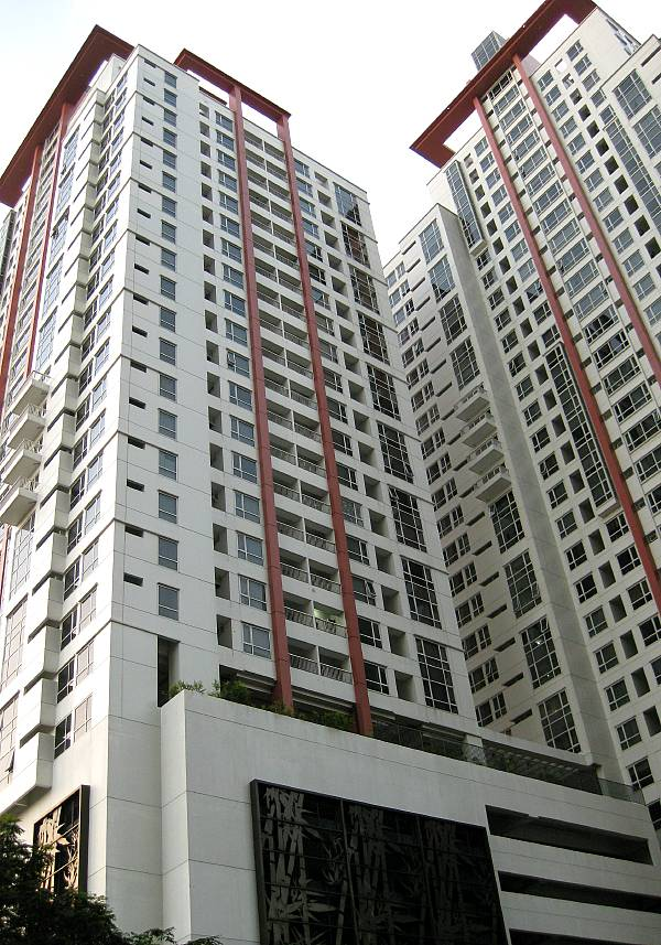Columns Tower 1 Ayala Makati