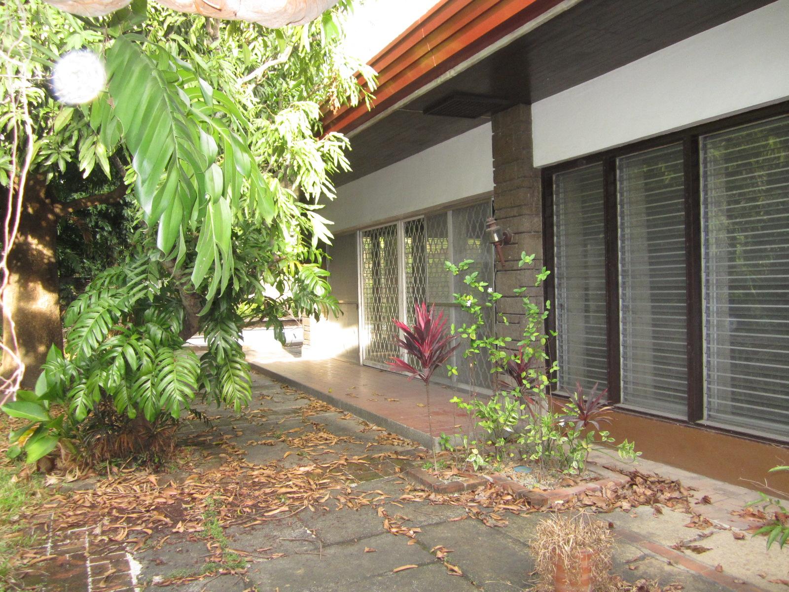 FOR SALE: Lot / Land / Farm Manila Metropolitan Area > Makati 3